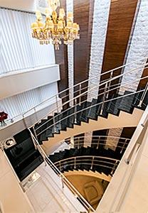 階段のインテリアテイスト変更
