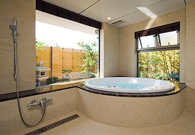 ホテルライクな和モダンの浴室