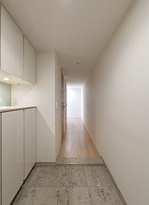 華やぐ廊下