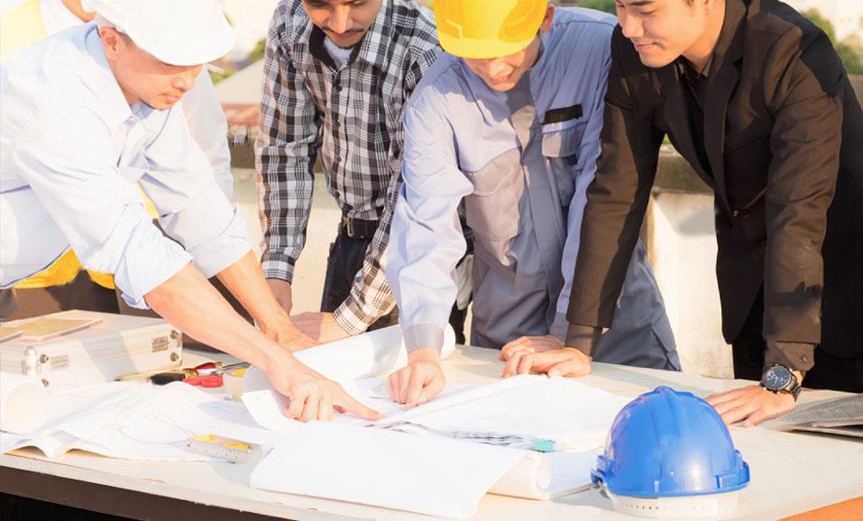 建築の専門家の話し合い