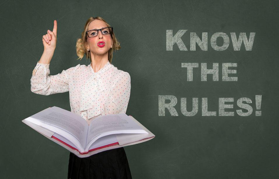 ルールを解説する女性